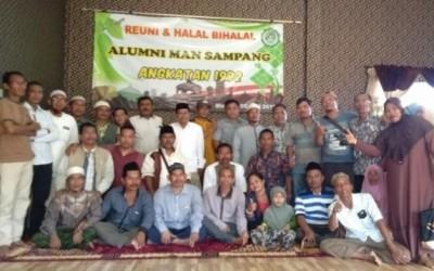 Reuni Alumni 1992 MAN Sampang Penuh Haru