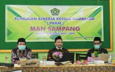 Pelaksanaan PKKM (Penilaian Kinerja Kepala Madrasah) Tahunan di MAN Sampang Tapel 2021-2022